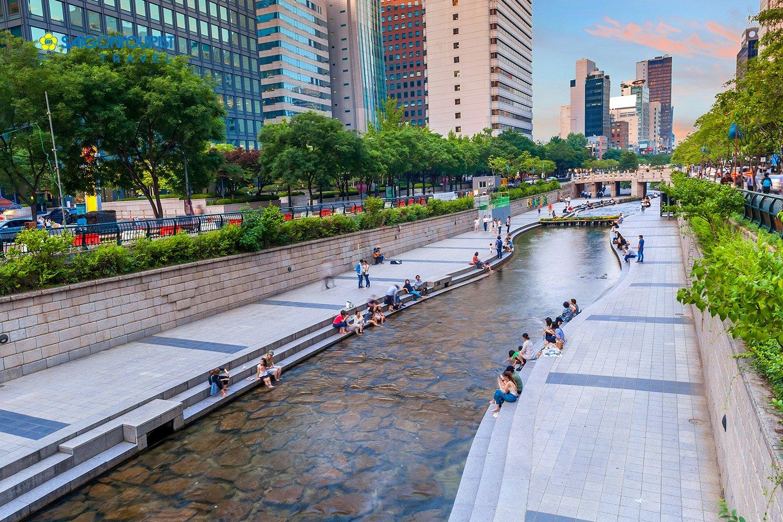 Kết quả hình ảnh cho suối Cheonggyecheon ngày xưa