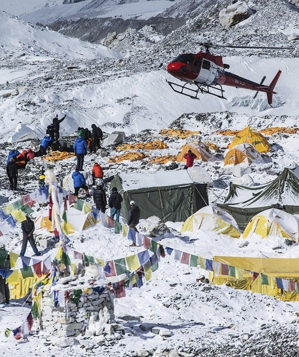 Kết quả hình ảnh cho Trại căn cứ đỉnh Everest