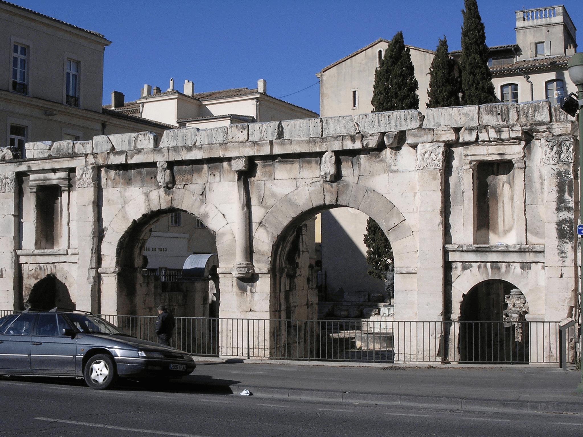 Kết quả hình ảnh cho Porte d'August